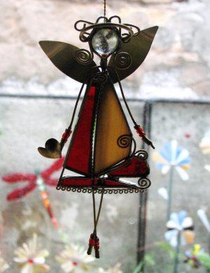 Anđeo,ukras za prozor , crvena-krem