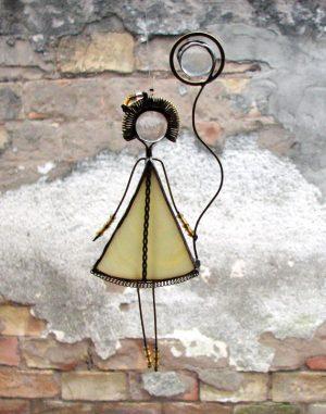 Devojčica sa balonom-krem- suncatcher