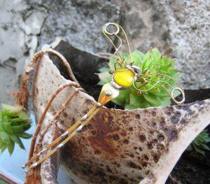 Tiski cvet manji -broš