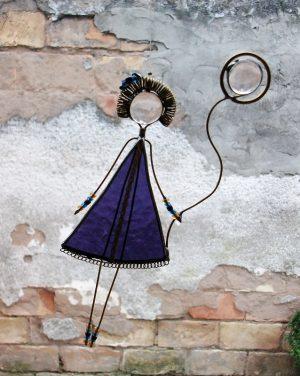 Devojčica sa balonom – ljubičasta, suncatcher