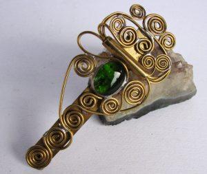 Šnala-štipaljka za kosu zelena