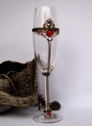 čaše za penušava vina i šampanjac crvena