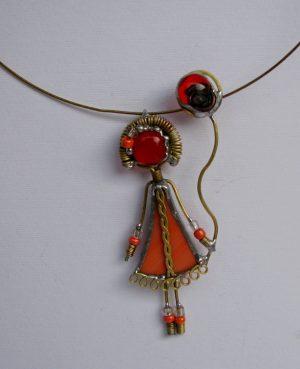 Devojčica sa balonom ogrlica narandžasta