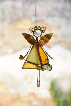 Anđeo-ukras za prozor ćilibar-krem