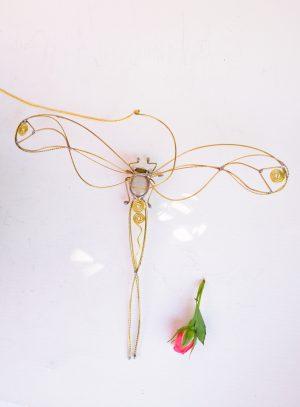 Tiski cvet-suncatcher siva