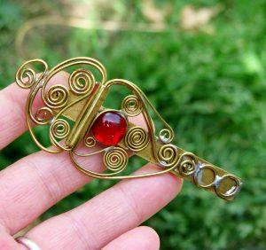 Šnala-štipaljka za kosu crvena 1
