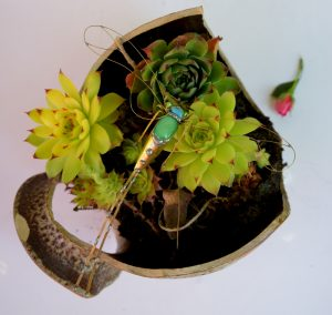 Tiski cvet-ukras za zid,rezedo zelena