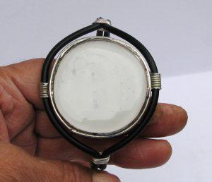 narukvica medaljon bela